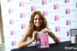 Maria Menounos' (Svelte) Star Shines Brightly At Bethesda Row's Annual 'Front Row' Fashion Event