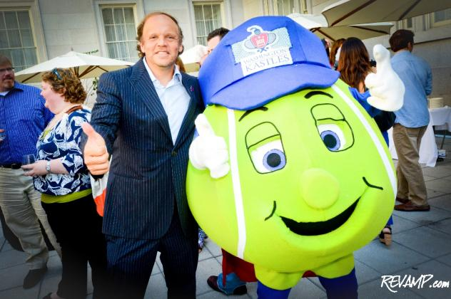 Washington Kastles owner Mark Ein and mascot 'Topspin' give an enthusiastic thumbs-up to the team's 2012 season prospects.